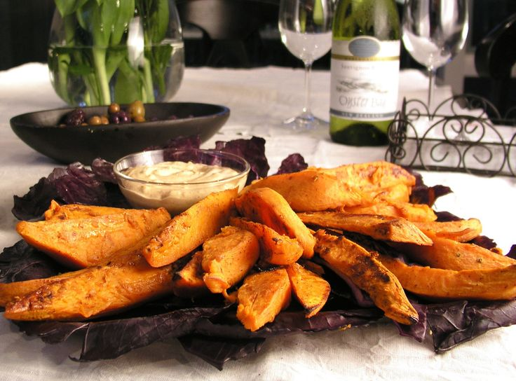 Gojee - Chili and Brown Sugar Sweet Potato Wedges with Chipotle Aioli by Panning the Globe