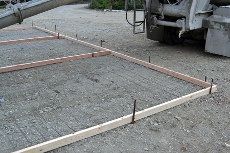 DIY Sidewalks and Concrete Pads