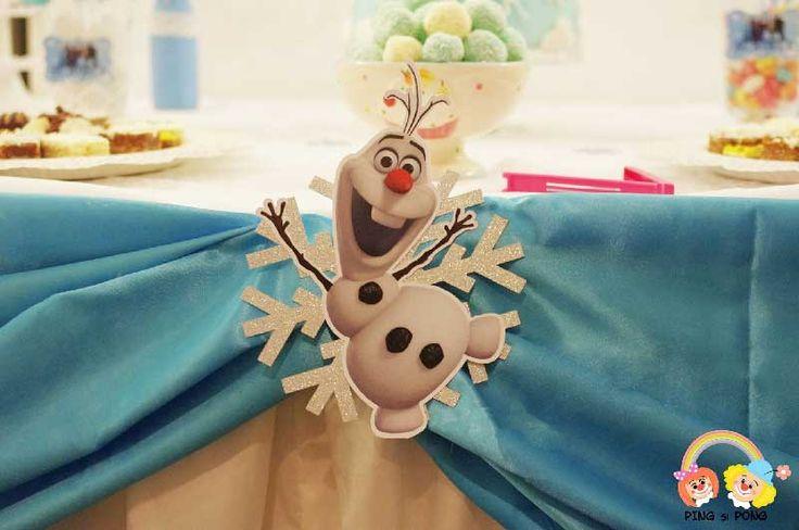 Cauți idei de amenajare a unui candy bar cu tema Frozen? Ai ajuns în locul perfect.