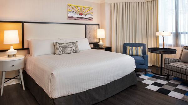 San Diego's The Bristol Hotel debuts new $7 million look - Want to escape Arizona's heat? Greystone Hotels announced the completion of its first round of renovations for The Bristol Hotel,a 114–room property in the heart of historic downtown San Diego that celebrates the lifestyle and mood of the iconic 1960's era.   With the goal of... - http://azbigmedia.com/experience-az/san-diegos-bristol-hotel-debuts-7-million