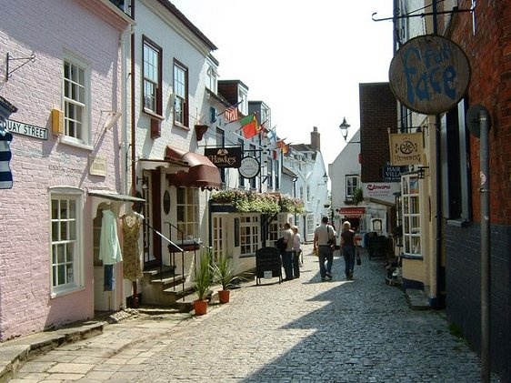 Lymington is stop 37 on the www.easyFurn.co.uk tour of England