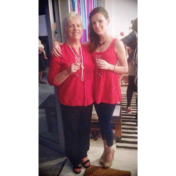 Throwback to when I opened The Makers' Hub 2 years ago, where mum and I accidentally matched our outfits perfectly 😂 The grand opening was super fun, and in about a month I'll throw a big farewell party! 🎉💕