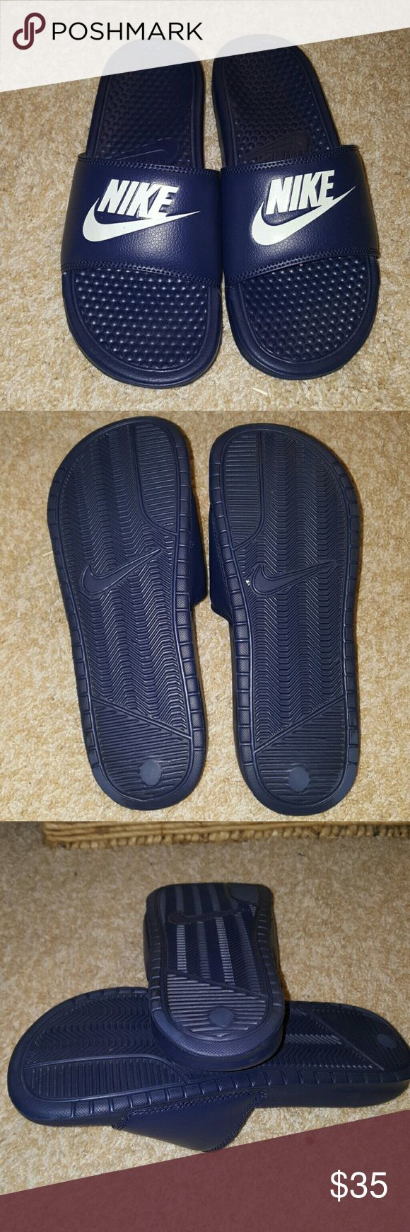 Nike slippers   (mens ) nike slippers worn once, like new size.8 great condition Nike Shoes Sandals & Flip-Flops