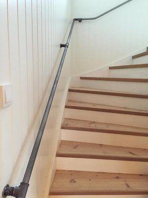 Väggfäste trappräcke/handledare