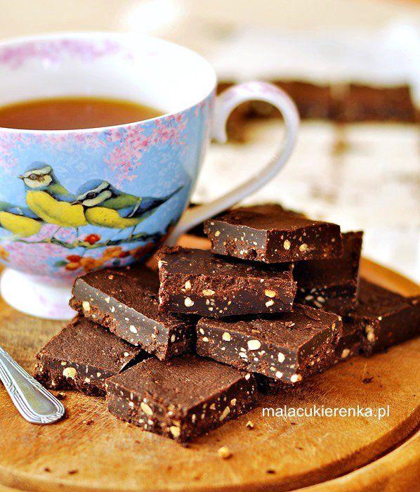 Zdrowsze czekoladki z czterech składników, wegańskie, bez cukru