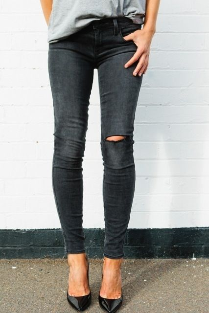 Destroyed black skinny jeans w/ black heels