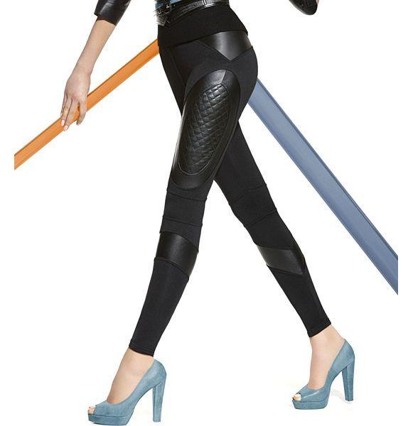 Super trendy legice Bas Bleu Michelle omogočajo, da izstopate. Vstavki iz umetnega usnja na bokih, stegnih in spodnjem delu optično podaljšajo noge in pritegnejo poglede. Impresivnega izgleda, idealno za čevlje z visokimi petami. Izredno udobne in elastične ter zelo kvalitetno izdelane!