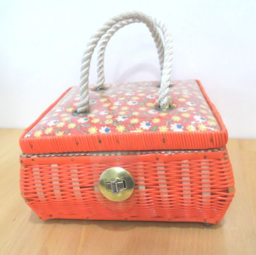 modflowers: vintage sewing basket