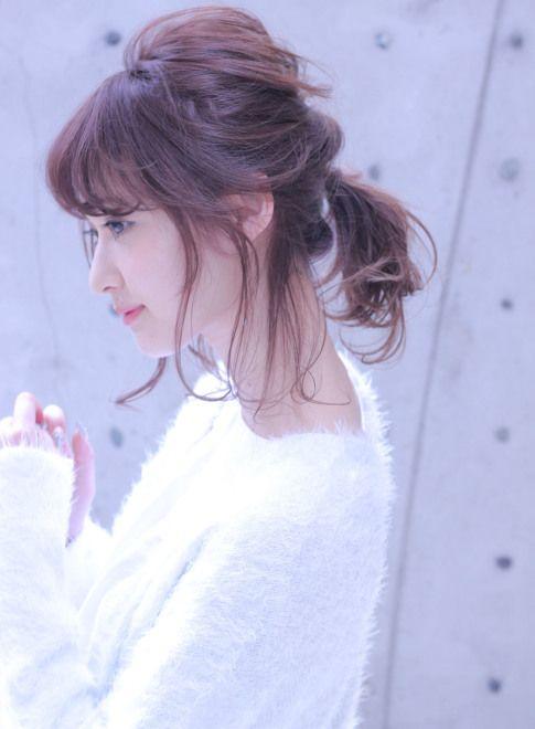 くるりんぱとポニーテールの簡単アレンジ【cache cache】http://beautynavi.woman.excite.co.jp/style/detail/50953?pint ≪ #arrange #hairstyle #アレンジ #ヘアスタイル #髪形 #髪型 #お花見 #春 #date #spring #summer≫