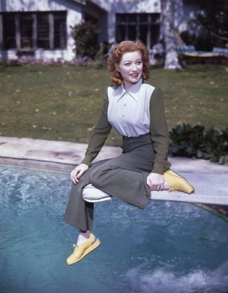 Greer Garson: had the motherhood that Garbo lacked, the propriety that Crawford lacked, the acting skills that Shearer lacked and better diction than all three