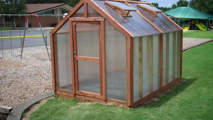 Charlotte Country Day School's 8'x12' Greenhouse _ exterior