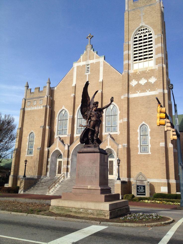 Beautiful Church and Statue downtown Salisbury NC ...