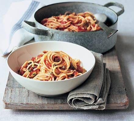 Spaghetti Puttanesca recept | Smulweb.nl