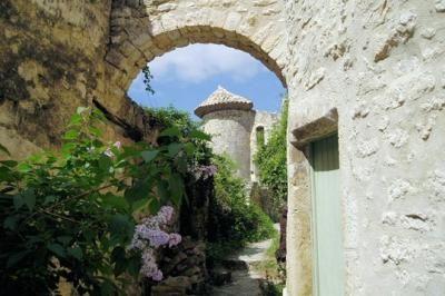 poet-laval-Plus beaux villaages de France