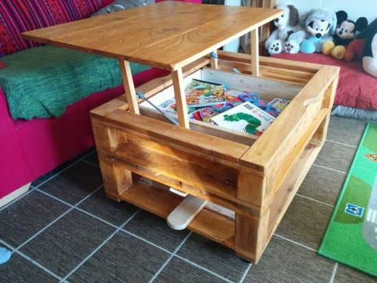Lift Top Pallet Coffee Table