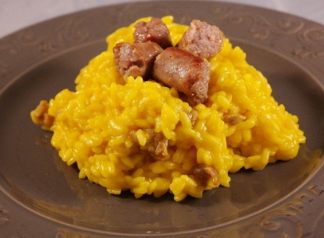 Yellow rice with sausage #Expo2015 #milan #worldsfair #Yellow #rice #with #sausage