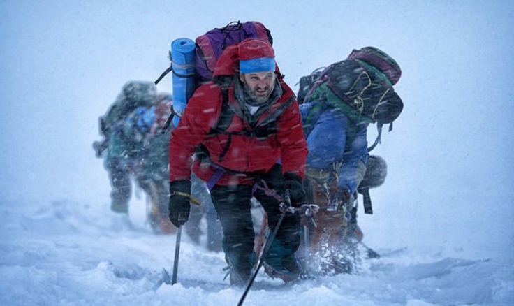 Drame d'aventure de Baltasar Kormákur, Everest met en vedette Jake Gyllenhaal, Josh Brolin, Sam Worthington, Jason Clarke, Elizabeth Debicki, Emily Watson, Keira Knightley et Robin Wright. En salle le 25 septembre 2015 (le 18 sur IMAX)