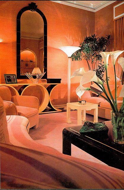 80s Deco | the black lacquer, the mauve, very of the moment '80's interior design