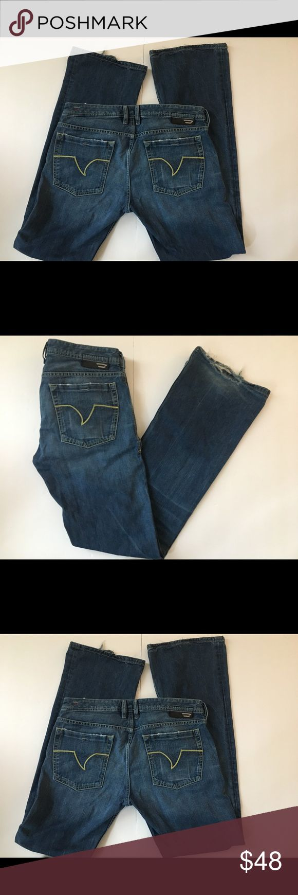 """Men's Diesel Zathan Jeans Size 34""""/34"""" Men's Diesel Zathan 👖 Jeans Size 34"""" Medium wash Bootcut jeans with Distressing around edge of  front pockets back pockets and frayed and ripped hems. Waist 34"""" Rise 9.5 Inseam 34"""" Diesel Jeans Bootcut"""