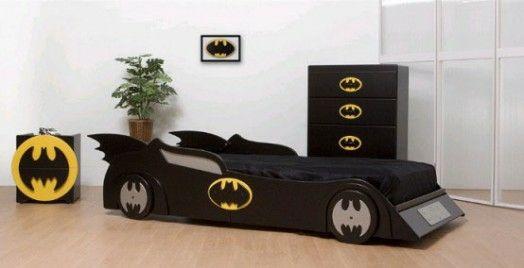 Kinderzimmer gestalten – 20 Kinderbetten für coole Jungs wie Autos geformt - kinderzimmer einrichten junge bett auto batman batmobil kidsroom car bed