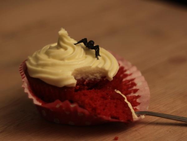 banglamarie: Red Velvet cupcakes med ostekrem