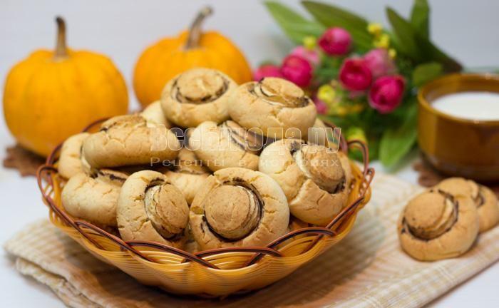 Печенье грибочки (шампиньоны) из песочного теста