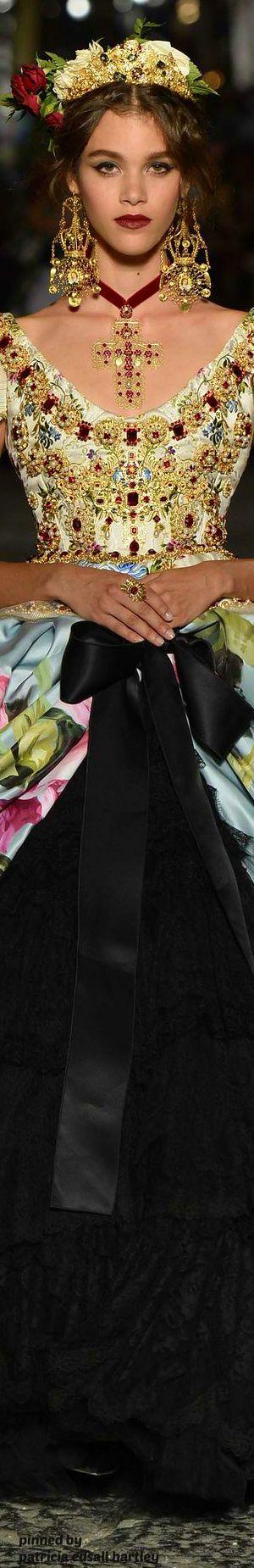 Dolce & Gabbana Alta Moda Fall 2016: