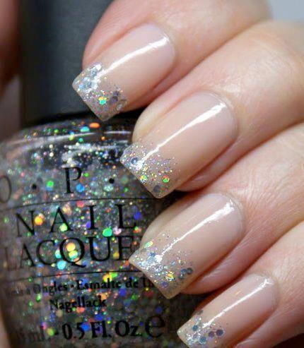 Resultado de imagen de burgundy and silver manicure