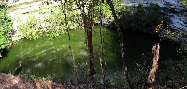 Sagrado Cenote - Chichen Itza Yucatan