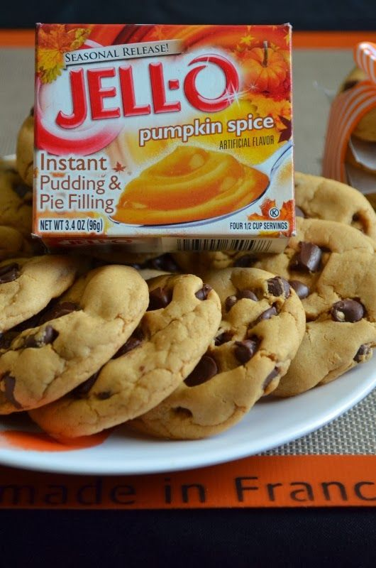 For the Love of Dessert: Pumpkin Spice, Chocolate Chip Pudding Cookies.  Can't wait to make these for my hubby :)