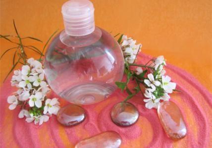 Recette : Lotion nettoyante pour les bouts de chou - Aroma-Zone