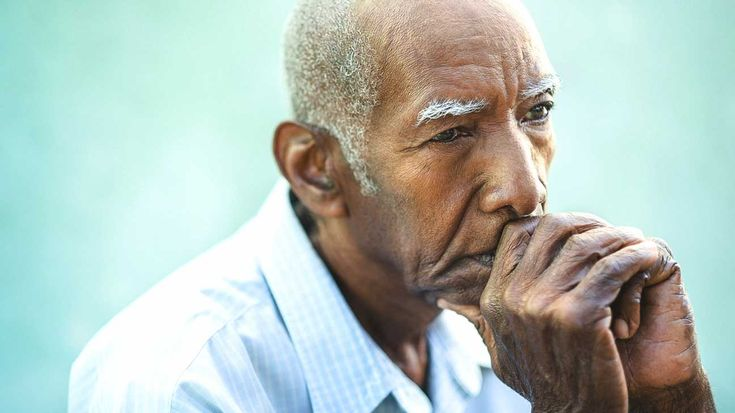 People with idiopathic pulmonary fibrosis know all too well that living with a condition that other people can't see is easily misconstrued, and that's incredibly frustrating. Here's what not to believe.