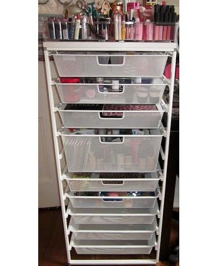 Store it: Beautiful cosmetics and makeup storage ideas - dropdeadgorgeousdaily.com