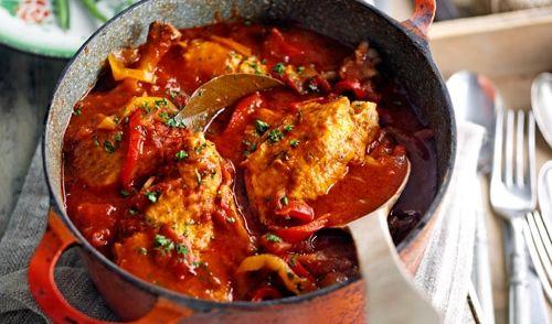 Dit recept is een traditioneel streekgerecht. Dit wordt veel en graag gegeten in Frans Baskenland (Franse Pyreneeën). Heel lang geleden daar op vakantie eens...