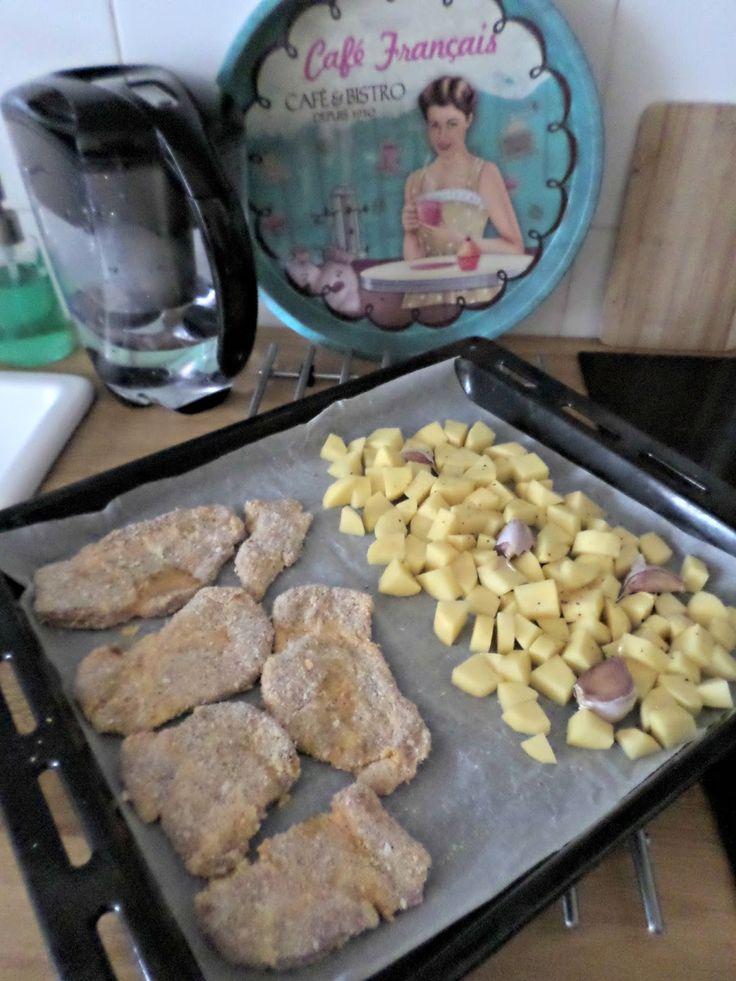 ... do trouby .   A za 5 minut připravený.   Vítejte zpět po víkendu, moje milé :-)     Občas se mi děti vrátí ze školy hladové.   Oběd...