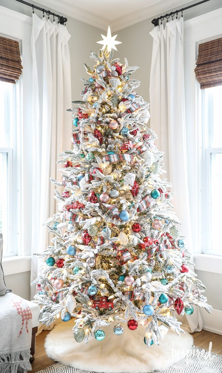 Ideas about pre decorated christmas trees on