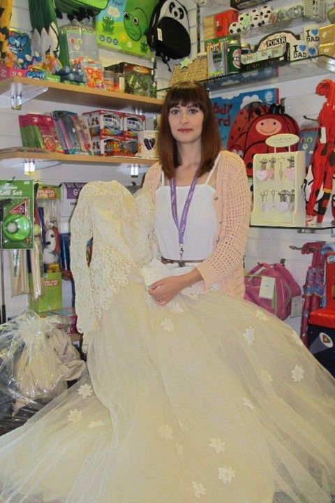 The Note Attached To This Vintage Charity Shop Wedding Dress Will Melt Your Heart
