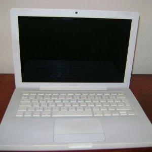 Cumpara un laptop Apple Macbook second hand perfect functional cu garantie! http://laptopsecond-hand.ro/categorie/apple-macbook/