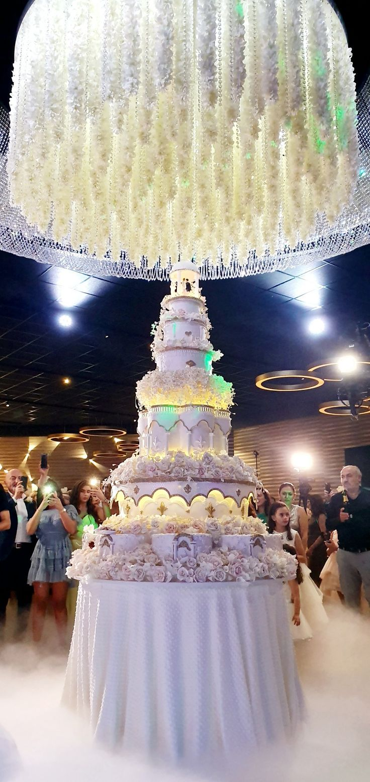 Pin de Nelli karapetyan en wedding cakes Decoracion