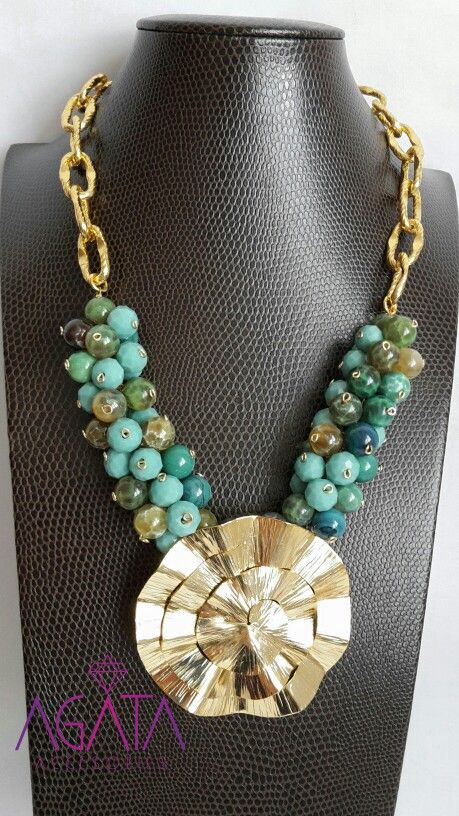 Necklace green agathe. Instagram: @agataaccesories.
