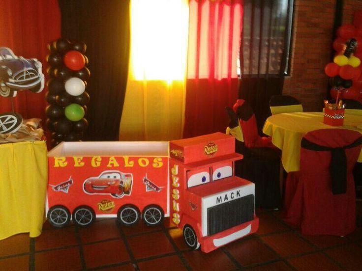 Caja de regalo cars anime y decoracion pinterest for Decoracion de cajas