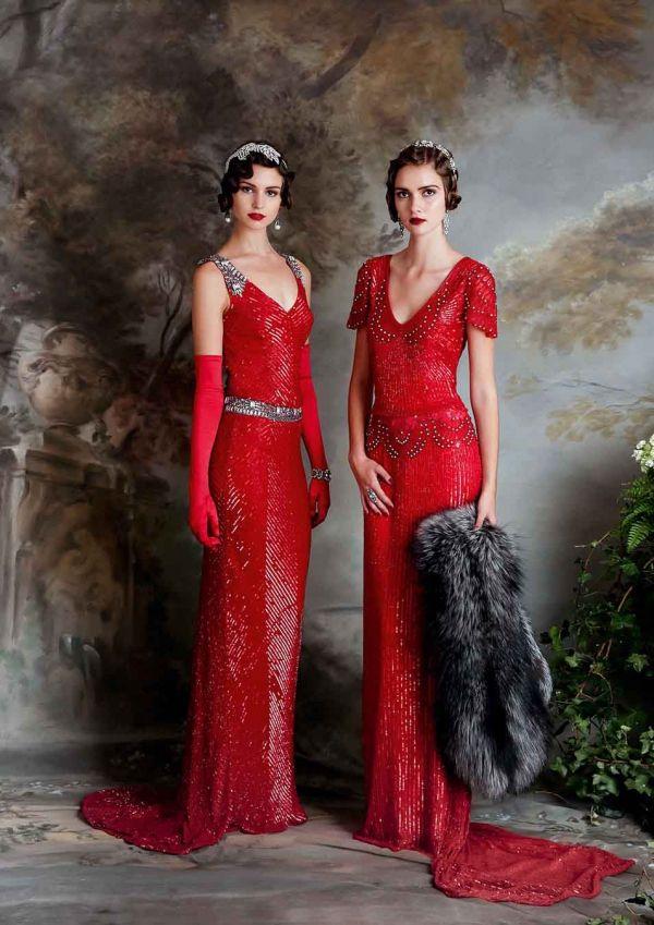 (Foto 1 de 23) Modelo Daisy Lauren: Trajes de noche confeccionados en sequin rojo intenso, Galeria de fotos de Vestidos de noche estilo Art Decó