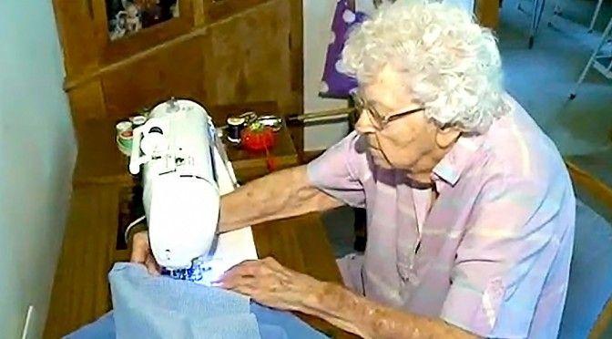 2014年夏、全米で話題となった99歳のおばあちゃんLillian Weberさん。当時、彼女にはある目標があった。「100歳の誕生日までに1,000...