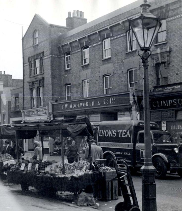 Portobello Road, Notting Hill, 1958