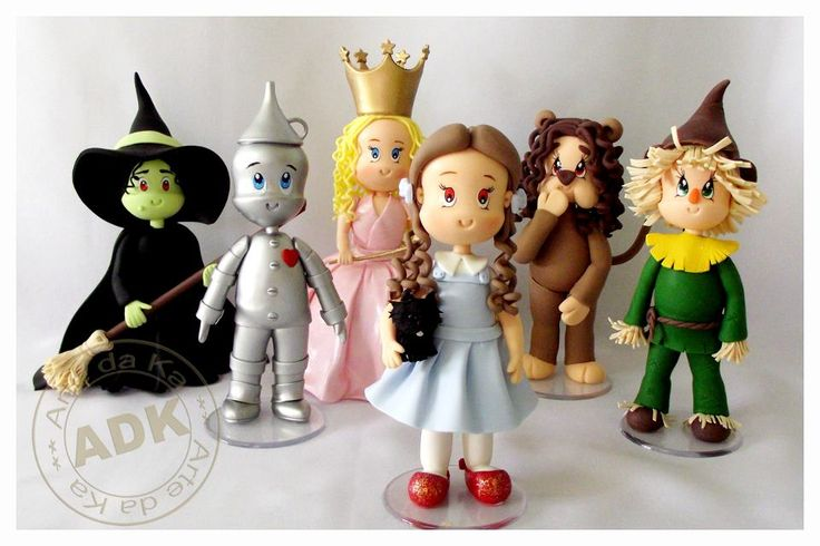 Wizard of Oz figurines by Arte da Ka (https://www.facebook.com/ArteDaKa)