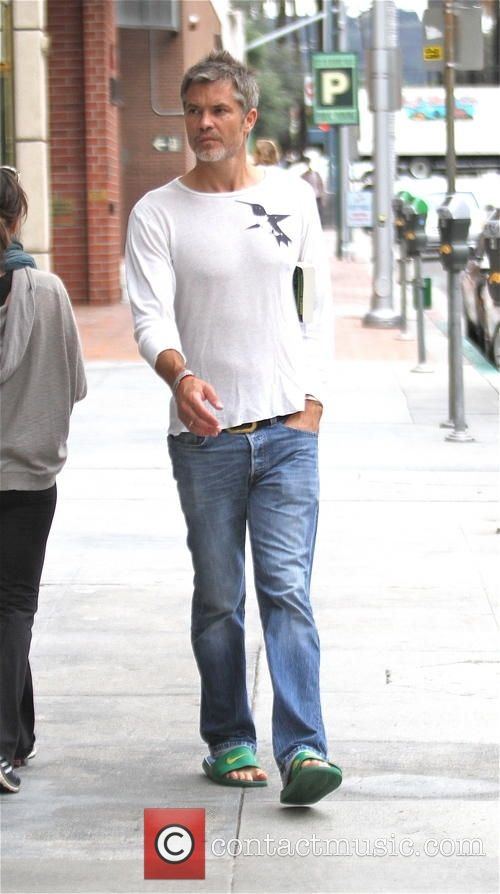 Timothy Olyphant shopping September 2015...