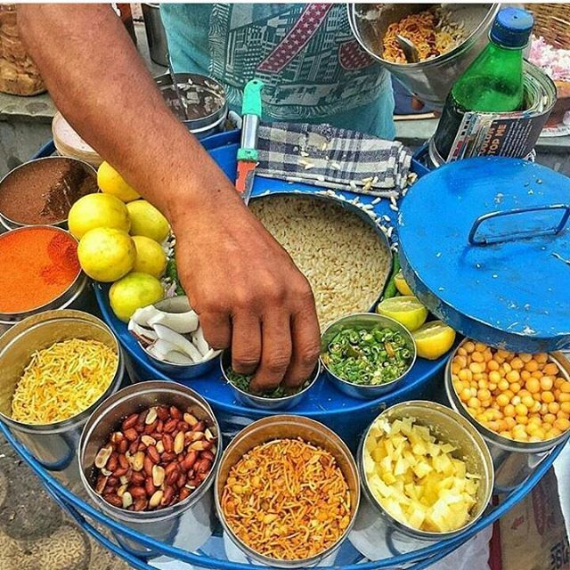 Today's top pick of @trellingkolkata . . Jhal Muri😋😋 Picture Courtesy :- @vharlalka . Use #trellingkolkata to get featured!  Tryout Trell App to discover new things in the city and connect with a global community of explorers, travelers, photographers and foodies! Download it from trellapp.com