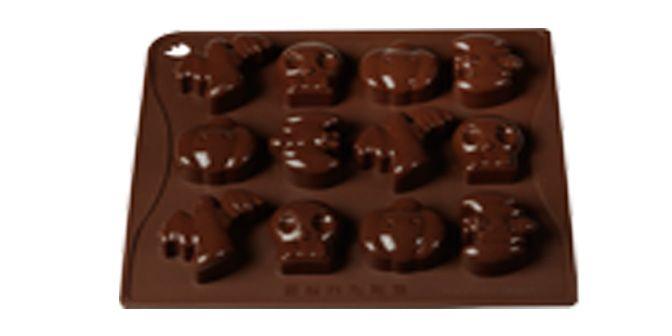 """MULTISTAMPO """"Halloween"""" - PAVONI ITALIA s.p.a.  Stampo multiporzione n° 12 moduli, in silicone platinico.  Dimensioni piastra: 180x175mm Altezza Modulo: 20mm"""