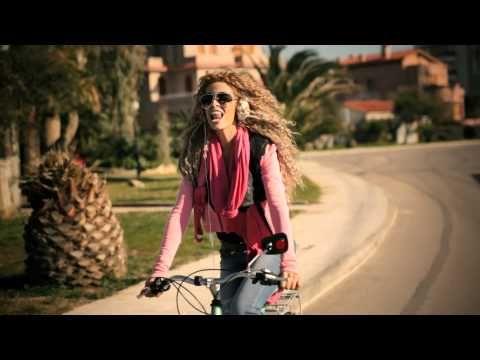 Ελένη Φουρέιρα - Άσε με / Ase me (Official Music Video)