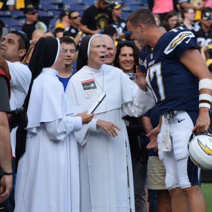 """""""Philip Rivers got an outside perspective on how to navigate the Steelers defense. #MNF #epic #nunsrock #Dominican  @espn // Community: Sisters of Mary…"""""""